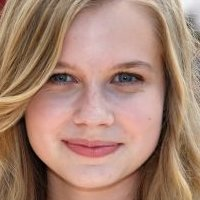 Angourie Rice  nackt